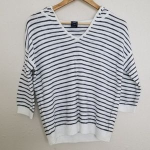 Gap Striped 3/4 Sleeve V Neck Slouchy Hoodie